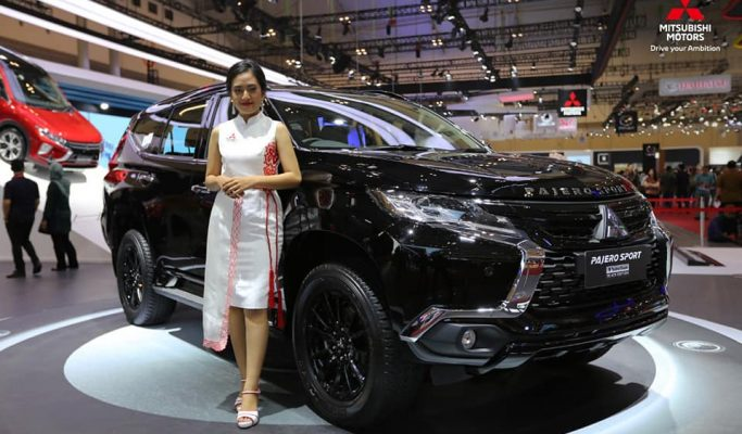 Pajero Rockford Black Edition